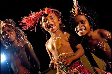 091212-aboriganikids-shades365[1]