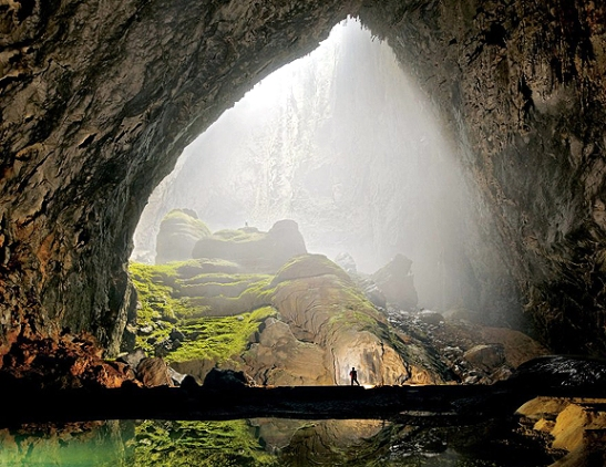 Hang-Son-Doong-Cave Vietnam, world's largest cave found by a local man named Ho Khanh in 1991 and was recently discovered in 2009 by British cavers