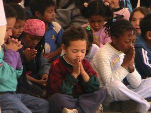 kids pray